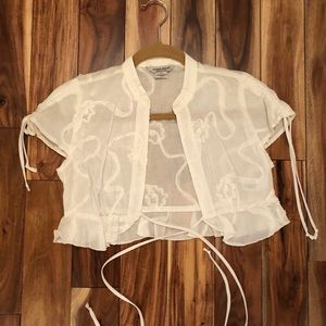 Guess white cropped blouse